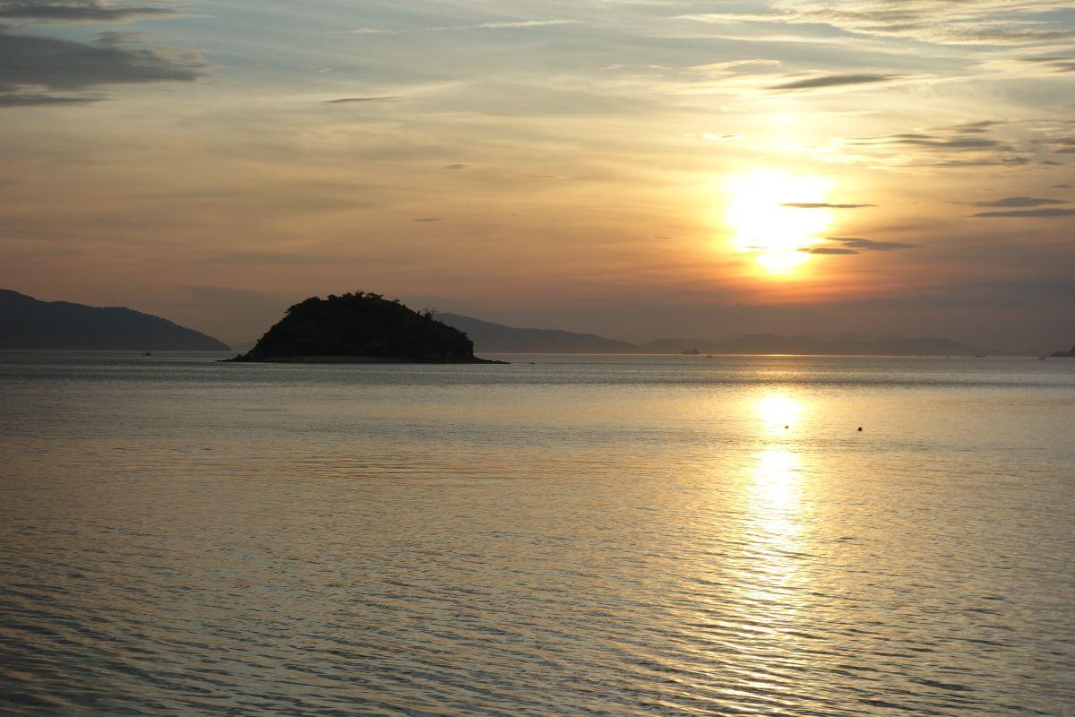 Sonnenuntergang am Hafen von Utazu #1